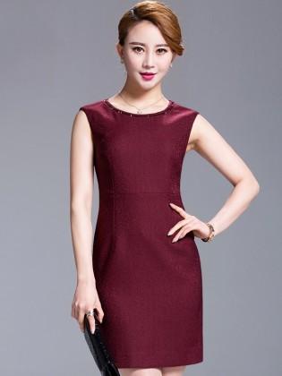 Đầm đỏ sát nách viền cổ đính hạt cao cấp TV533