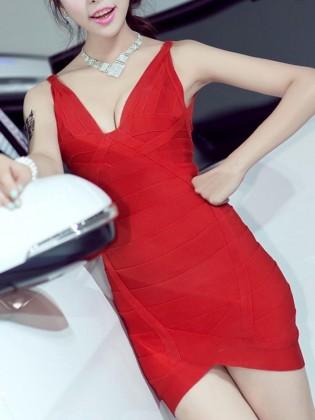 Đầm hai dây body đơn sắc tạo viền thân trước TV718 (Màu đỏ)